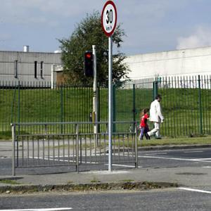 The new draft of the Fingal Development Plan will contain an objective to achieve a 30kmph speed limit in the immediate vicinity of schools around the region. Councillors voted by a large majority in favour of the move