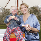 Pictured is HB Fundays 2019 ambassador Rachel Allen with Siún Lundberg (5) from Donabate enjoying delicious HB Hazelbrook Farm ice cream