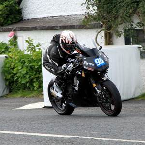Andy Farrell will ride the 650 Kawasaki Supertwin this season sponsored by Ollies Place in Skerries. Here he is in action at the practice for Kells road race where he was second fastest in the class. Photo Jack Corry