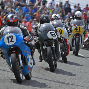 Richard Ford leads Guy Martin, Barry Davidson and Ben Rea in a cracking 1000 Classic race at the Skerries