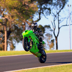 Darren McGrath powers to a treble in his first 600 races in Australia. Photo Graeme j Howie