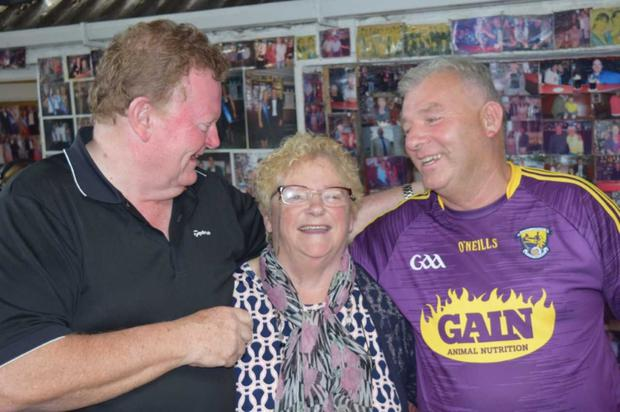 Performers Senan Lillis and Matt Murphy with Cooraclare singer Kitty O'Donoghue
