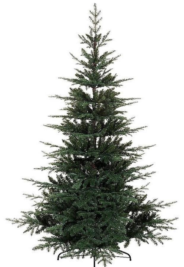 Real Christmas trees are preferable to plastic ones