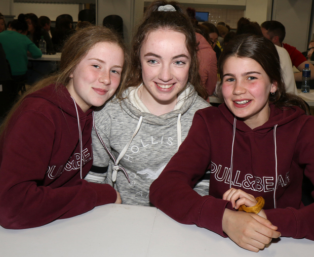 Amy O'Neill, Roisin O'Connor and Siobhan Somers at the annual Good Friday Table Quiz, in aid of Rathnure Camogie Club, in Rathnure Hall