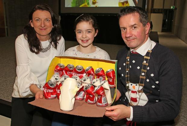 """People's Choice award winner and Overall Individual Primary School winner, Laura Kehoe (Ballyellis Ns) and her decoration 'I """"Can"""" Sing Choir', with Cliona Connolly, Wexford County Council, and Cllr John Hegarty"""