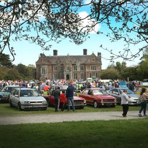 The Classic Car Show at Wells House