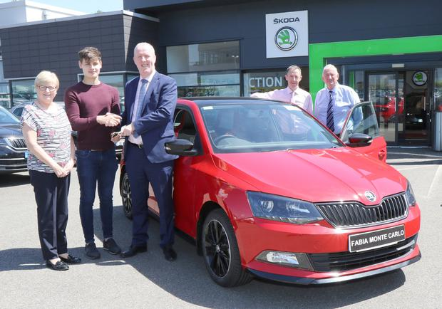 Margaret Doyle (secretary, Wexford GAA), Phillip McDermott (winner), Aidan O'Leary and Austin Codd (Skoda Sales) and Joe Sheen (draw co-ordinator)