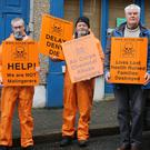 Liam Murphy, Mick Murphy, Liam Kearney, Cllr. Johnny Mythen and Gavin Tobin picket Paul Kehoe's office