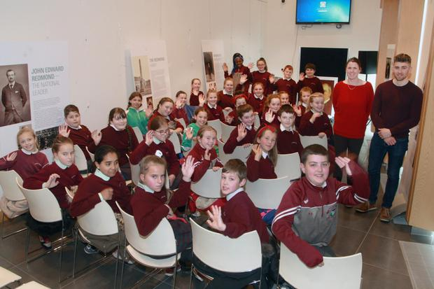 Bunscoil Loreto fifth class pupils with guest speaker Jane Wickham and teacher Kevin Nimo
