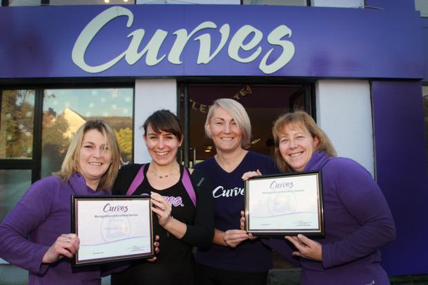 Curves Gorey receive 'Best Curves Team' 2018. Staff member, Yvonne Kinsella, proprietor, Roisin Hearns, Lauren Ramsey and Annette Gibson