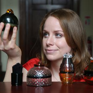 Gorey's Sinéad Brennan presenting with her colourful and unique glass works after winning a€10,000 craft awards bursary