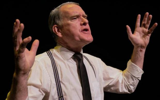 Mikel Murfi as cobbler Patin Man in the Woman's Shoes
