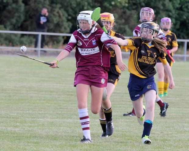 Leagh Maddock holds off Amy Power of Kilrush