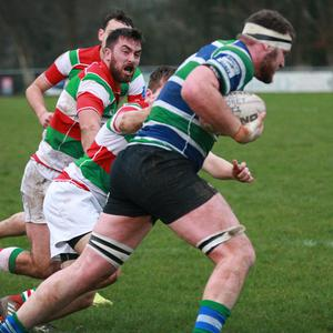 Stephen Gardiner powers away from Bective's Phil McCarthy