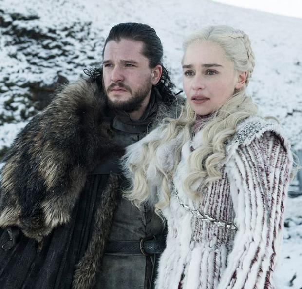 Characters from the hit show Jon Snow (Kit Harrington) and Daenerys Targaryen (Emilia Clark)