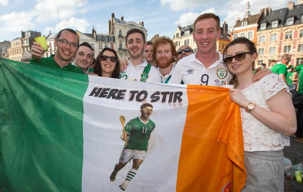 Shane Long's brother Ogie (centre) and sisiter Elaine (3rd from left) with fans