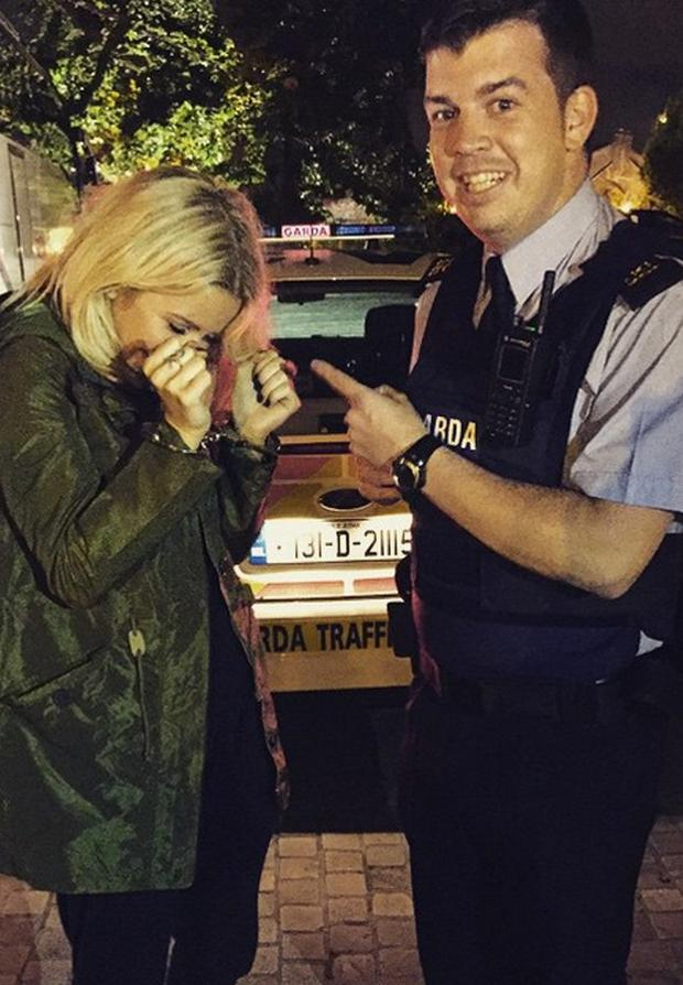 Ellie Goulding gets 'arrested'