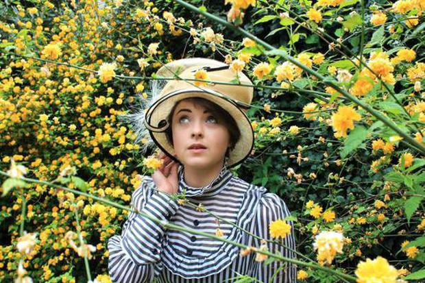 a review of the story the importance of being earnest The importance of being earnest h g wells, in an unsigned review for the pall mall gazette, called earnest one of the freshest comedies of the year while in earnest the story is dissolved into the form of the play.