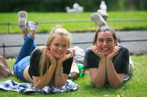 Aoife McInerney from Raheny & Muireann McHugh from Raheny enjoying the good weather in St. Stephens Green, Dublin.