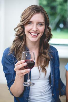 Irish women have been ranked as heavy drinkers (pic posed)