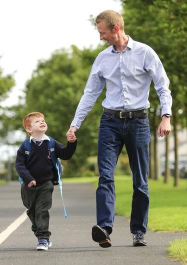 Sam Kinahan (6) and his dad Ivan, who donated a kidney to help him