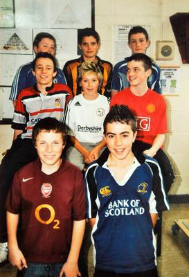 Niall Horan, centre, on Jersey Day for charity Goal at Colá iste Mhuire, Mullingar, Co Westmeath. Picture: Caroline Quinn