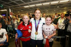 Katie Taylor with fans at Dublin Airport
