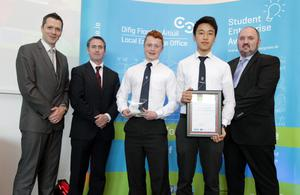 Stephen Walshe (Chair of the Enterprise Education Committee with the Local Enterprise Offices), Damien English T.D. (Minister for Skills, Research and Innovation), Rob Tuke (Aqua Pro), Yan Li (Aqua Pro) and Kieran Comerford (Chair of the Network of Local Enterprise Offices). Aqua Pro, who are supported by Local Enterprise Office Dun Laoghaire-Rathdown, won a special merit award in the Senior Category at April's National Finals