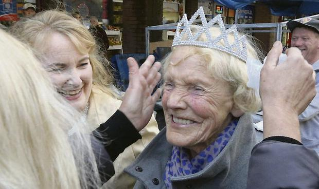 Regal Carmel Mooney The Newly Crowned Queen Of Moore Street At Her Stall