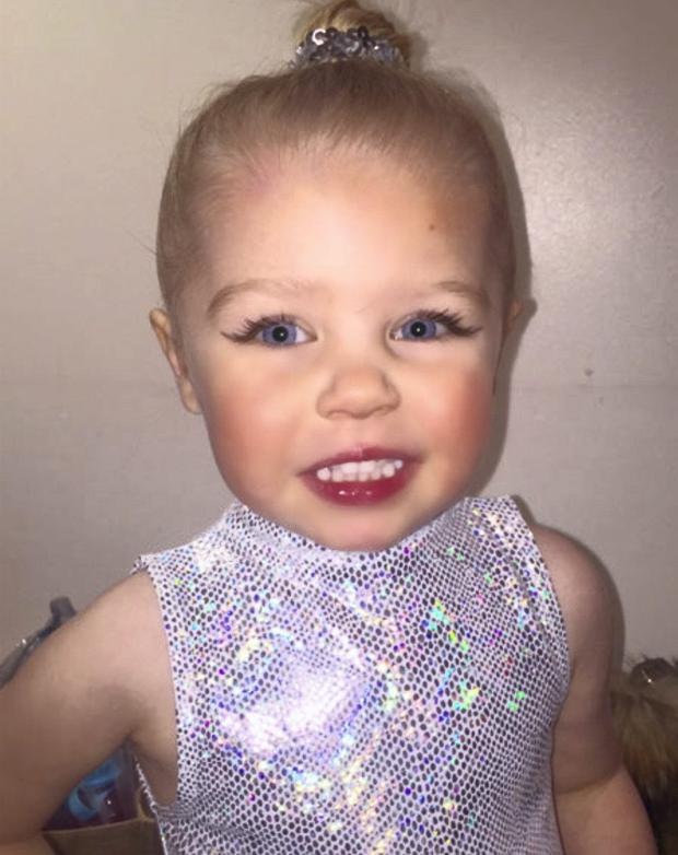 Michelle Heaton's daughter Faith at ballet performance