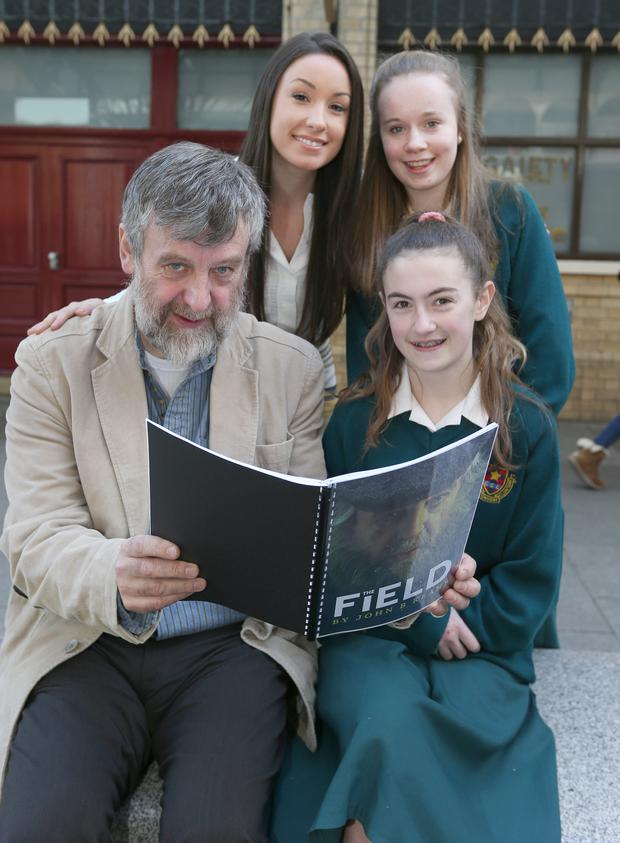 Michael Harding, John B Keane's granddaughter Laura Keane and Grace Kyne and Sorcha Lauder, both 14, from Holy Faith School in Clontarf outside the Gaiety
