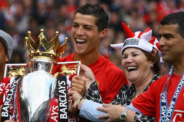 Ronaldo with mum Dolores Aveiro