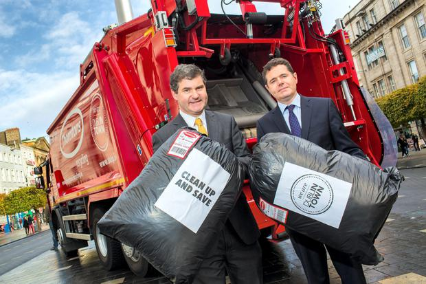 Dublin Town CEO Richard Guiney and Tourism Minister Paschal Donohoe at the launch of a waste disposal programme