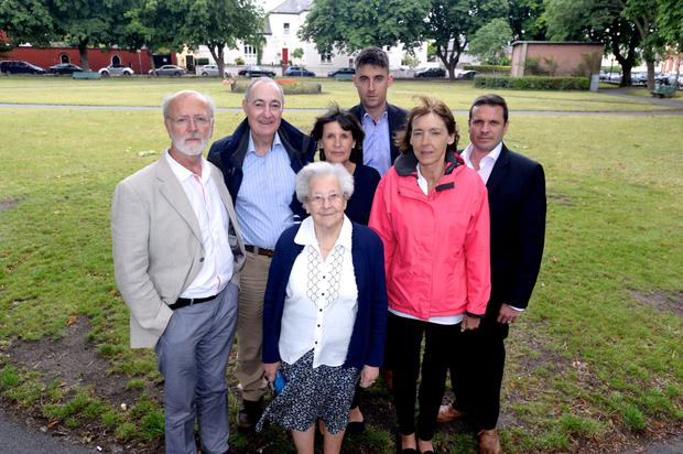 Members of Sandymount Business Network, SAMRA, Sandymount Tidy Towns and Residents Marc McGrath, Terrance Pierce, Maxine Pilkington, Joe McCarthy, Lorna Kelly, John O'Neill and Valerie Jennings who are angry with the proposed plans for Sandymount Green