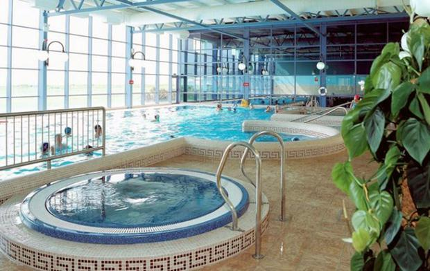 The swimming pool at the Quality Hotel in Youghal