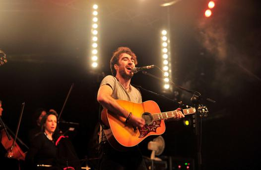 Danny O'Reilly from The Coronas had to sing solo while the band set up