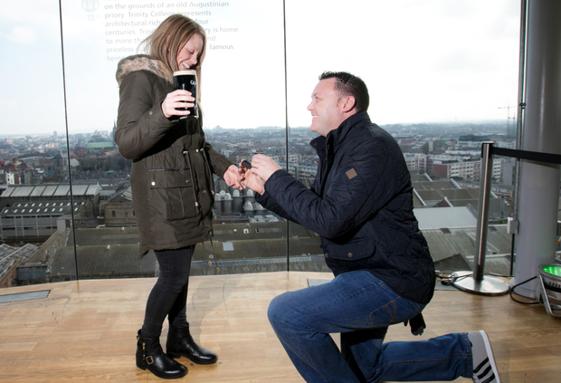 Nathan Hilton proposes to Emma Dalley in the Guinness Storehouse (Andres Poveda Photography)