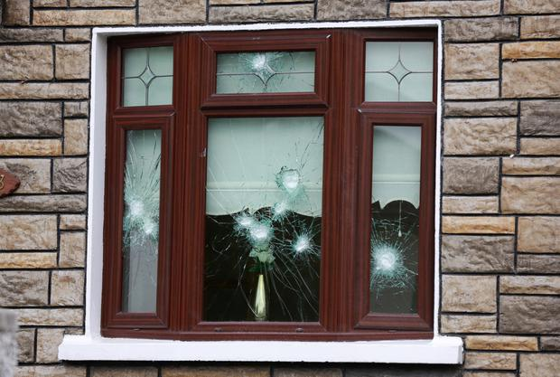 Bullet Proof Windows >> Nine Shots Put Into Bullet Proof Windows Of Gang Target S Home