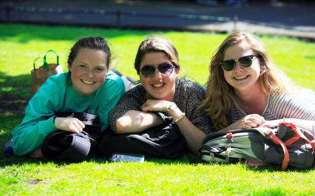 Shannon O'Connor, Anna Munroe and Kim Purisky enjoying the sun in St Stephen's Green