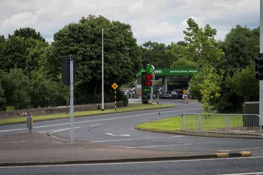 The intersection of Ballinteer Avenue and Brehonfield Road where the two gangs clashed ahead of the concert in Marlay Park. Photo: Doug.ie