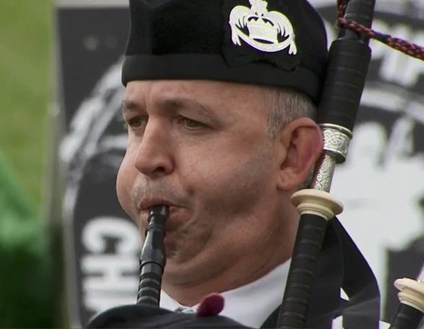 Piper in Laurence O'Toole Pipe band