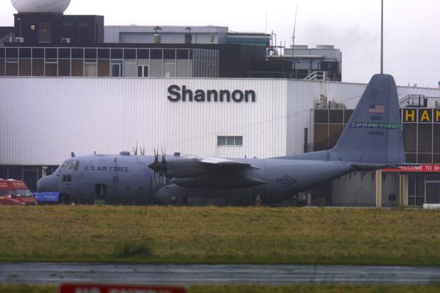 USAF plane at Shannon