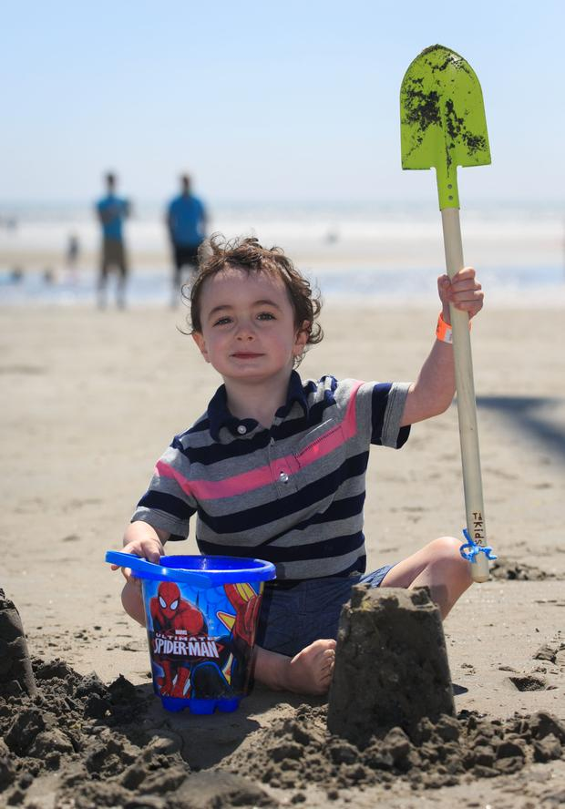 Dubliners turned out in force to enjoy the sun, sand, sea and ice-cream as well as taking in kite and book festivals