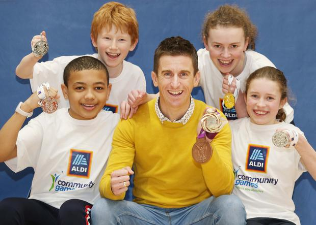 Athlete Rob Heffernan is joined by (from left) Jayden Carmody, Lee Kirsh, Aislinn O'Dea and Aiobhinn Burke at the launch. Photo: Photocall Ireland