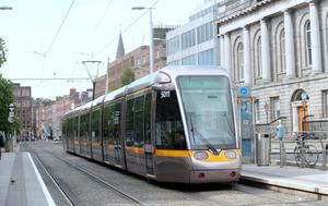 Luas drivers are to vote on new pay recommendations