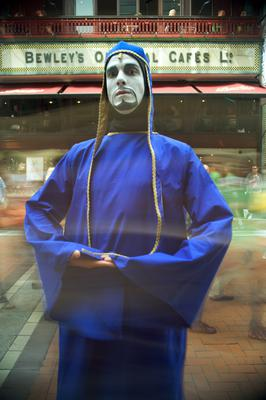 The Diceman (Thom McGinty) outside Bewley's on Grafton Street