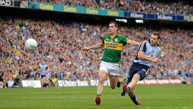 KILLER BLOW: Kevin McManamon scores Dublin's second goal despite the efforts of Kerry's Jack Sherwood during the 2013 All-Ireland SFC semi-final at Croke Park. Photo: SPORTSFILE