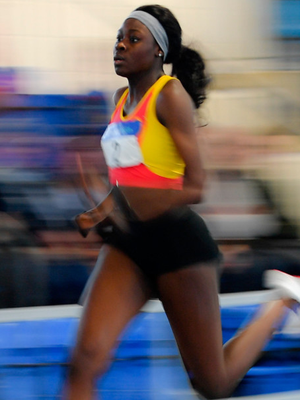 Rhasidat Adeleke wins the Junior Women's 200m