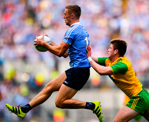 Dublin's Paul Mannion beats Donegal's Eoghan Bán Gallagher to the ball
