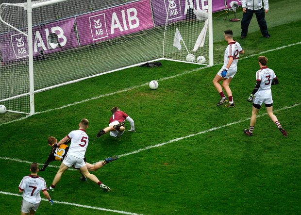 Colm Cooper scores his goal for Dr Crokes. Pic: Sportsfile